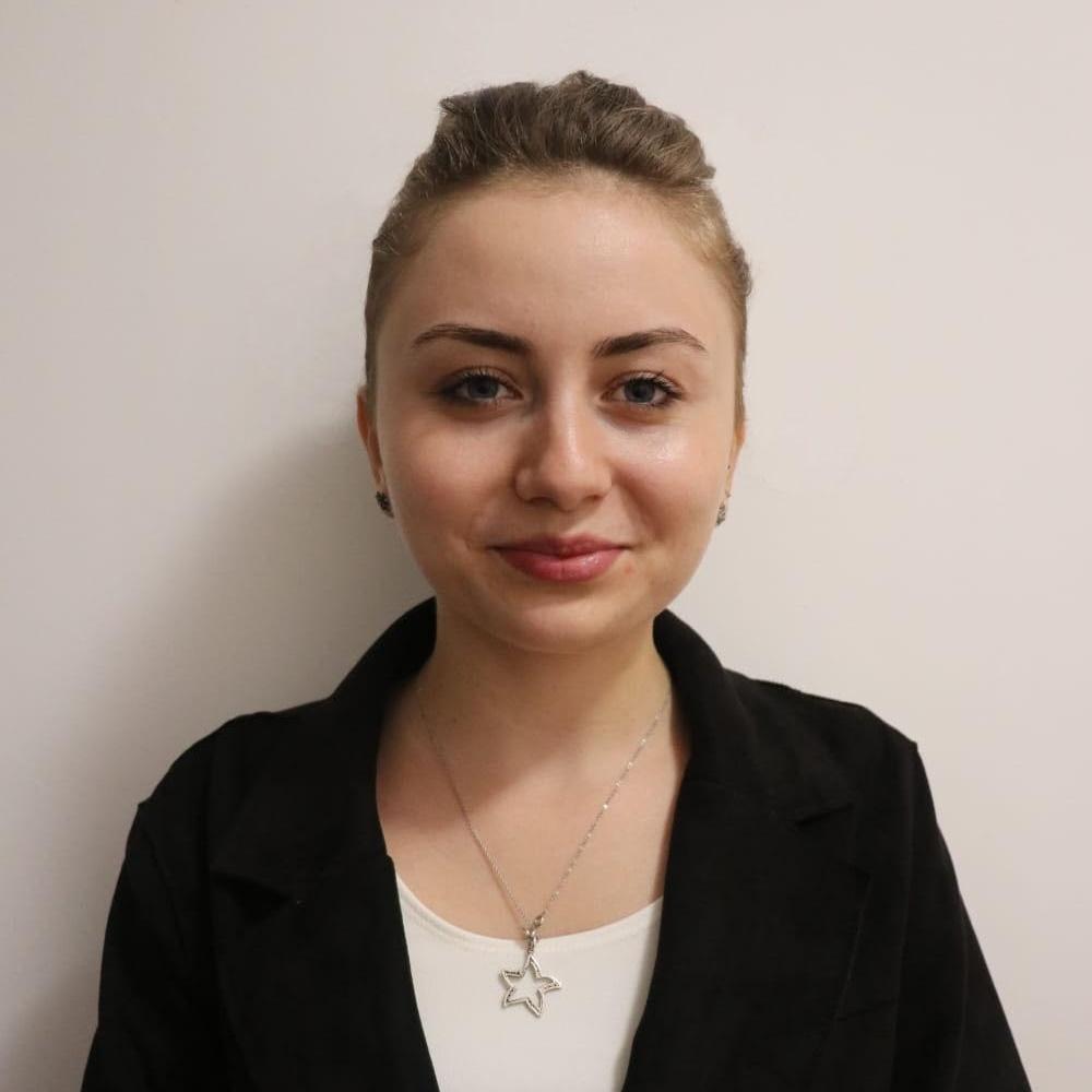 Elena Paraschivu