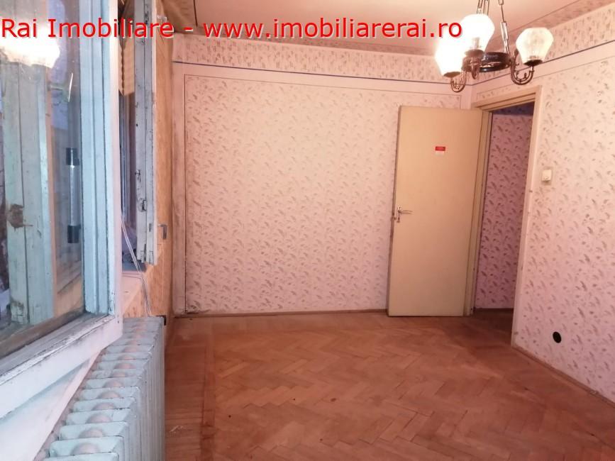 www.imobiliarerai.ro - Vanzare apartament 3 camere