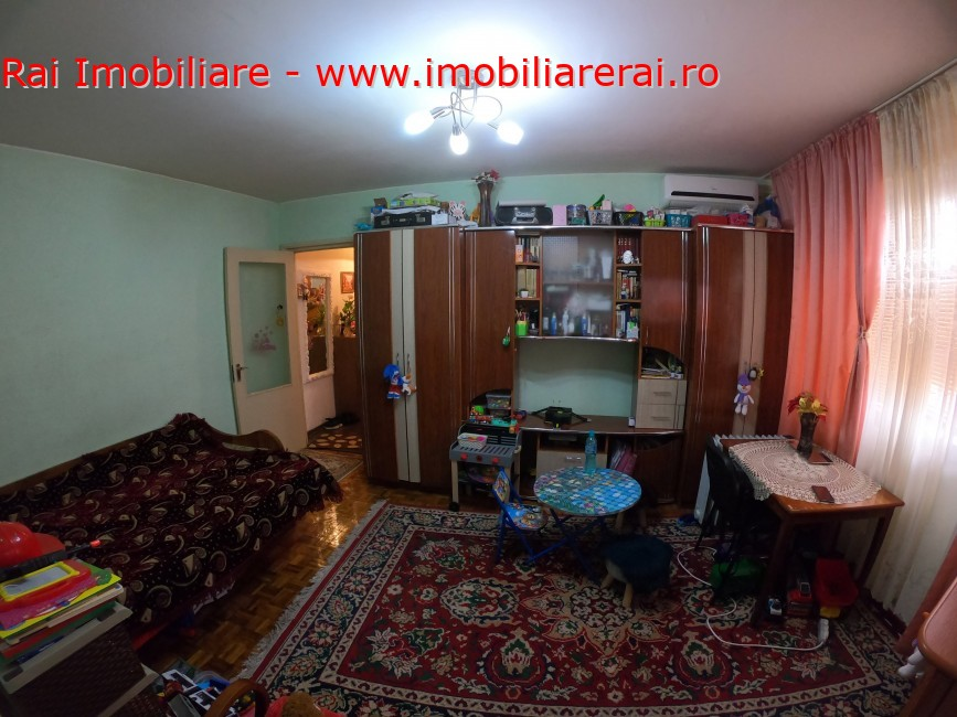 www.imobiliarerai.ro - Vanzare apartament 2 camere